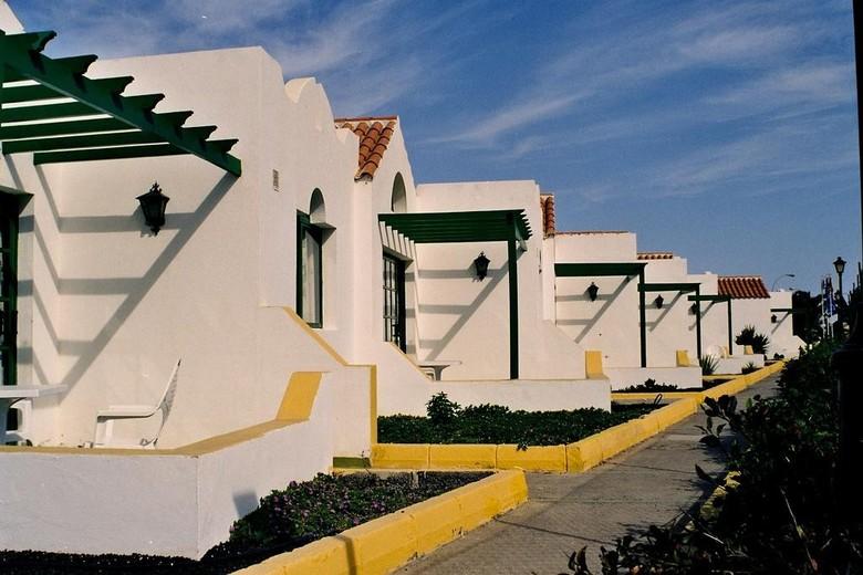 Apartamentos fuertesol caleta de fuste fuerteventura for Apartamentos hovima jardin caleta