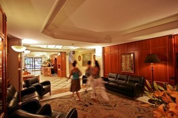 Hotel Capitol World Class
