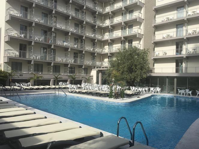 Hotel los lamos benidorm alicante for Hoteles interior alicante