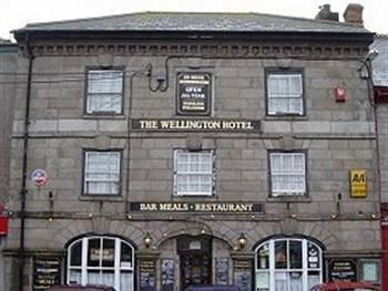 Hostal Wellington Hotel