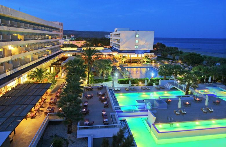 Hotel Blue Sea Beach Resort