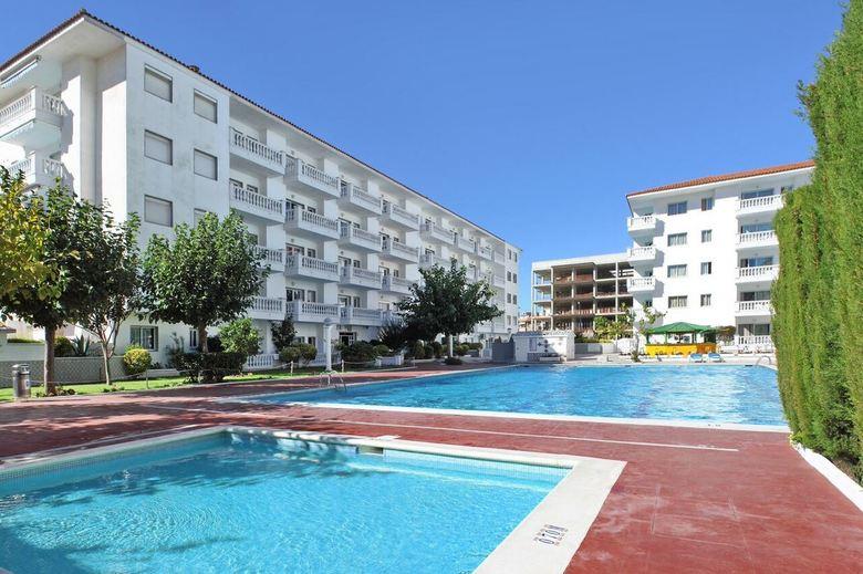 apartamentos europa blanes girona