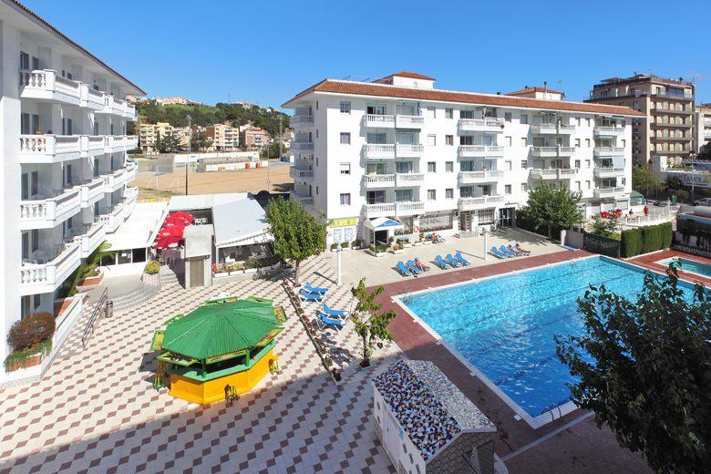 Apartamentos europa blanes girona for Apartamentos europa