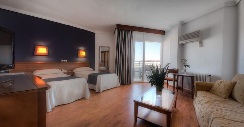 Hotel puerto baha spa puerto de santa mara cdiz for 5 paws hotel and salon puerto rico