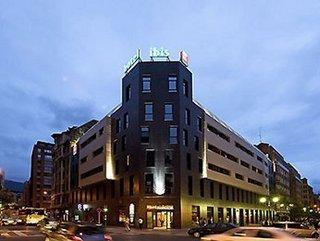 Hotel ibis bilbao centro bilbao vizcaya for Hoteles en bilbao con piscina