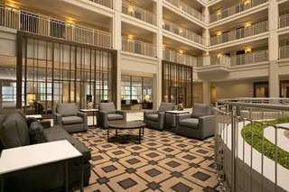 Hotel Embassy Suites Downtown