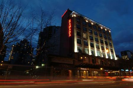 Hotel Ramada Inn & Suites Downtown Vancouver