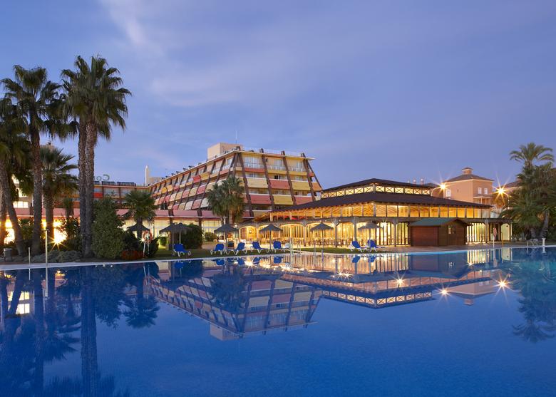 Hotel ilunion islantilla islantilla huelva for Hoteles en huelva capital con piscina