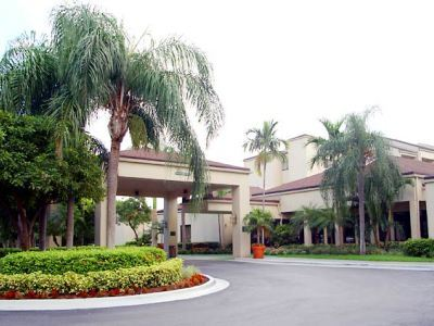 Hotel Courtyard Miami Airport West / Doral