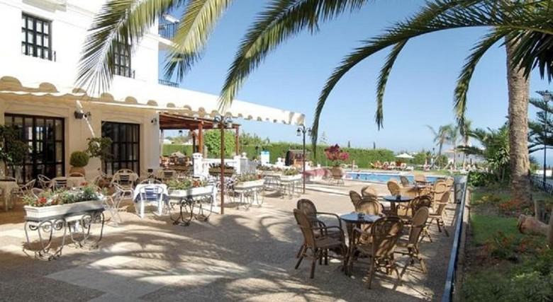 Hotel hacienda puerta del sol mijas mlaga for Resort puertas del sol precios