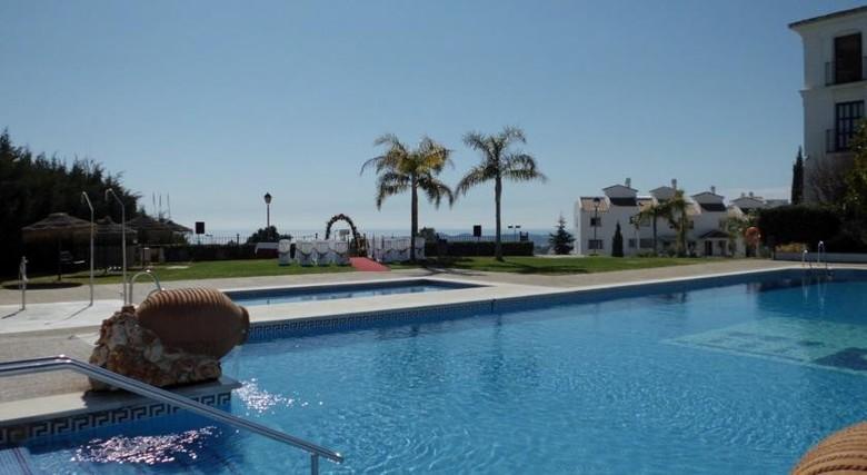 Hotel hacienda puerta del sol mijas m laga for Puerta del sol en directo ahora