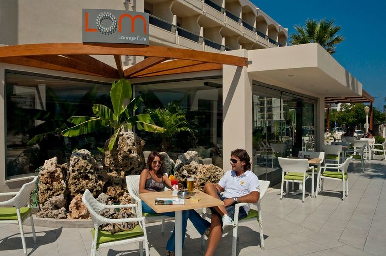 Hotel Lomeniz Blue