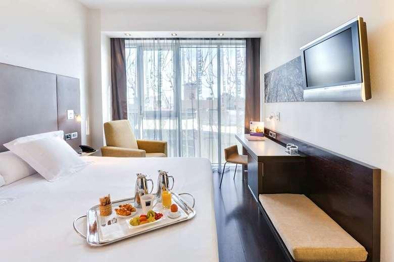 Hotel occidental madrid este madrid - Hoteles barcelo en madrid ...