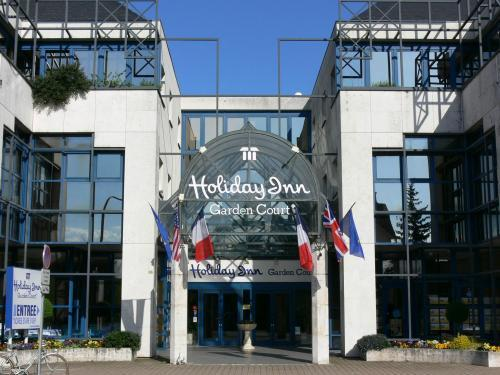 Hotel Holiday Inn Loire Valley(.)