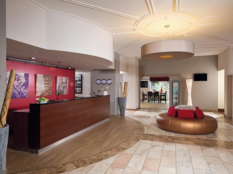 leonardo hotel karlsruhe karlsruhe baden w rttemberg. Black Bedroom Furniture Sets. Home Design Ideas