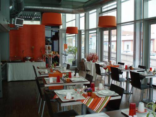 Hotel Orange Wings Krems(.)
