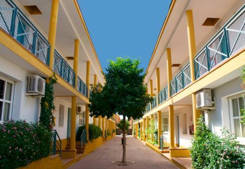 Jm hoteles jardin de la reina guillena sevilla - Jardines de la reina ...