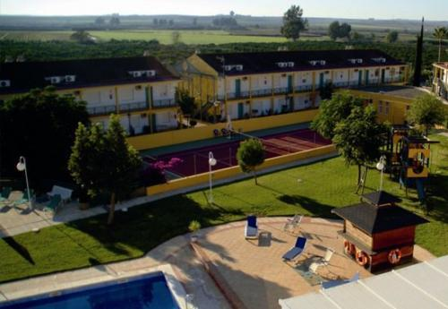 Jm hoteles jardin de la reina guillena sevilla for Jardin de la reina granada