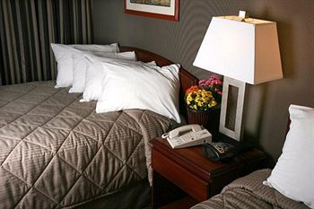 Hotel Comfort Inn Vancouver Airport