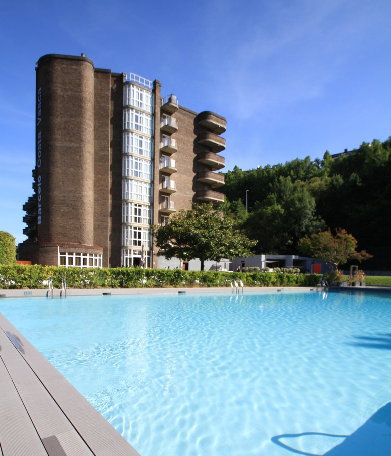 Hotel barcel costa vasca san sebasti n guip zcoa for Hoteles con habitaciones familiares en san sebastian