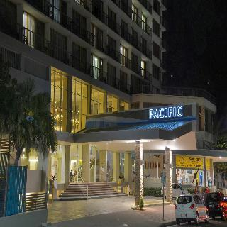 Hotel Pacific International
