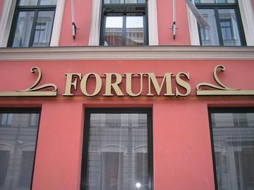 Hotel Forums