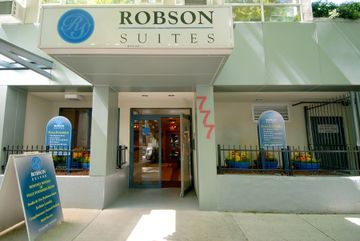 Hotel Robson Suites