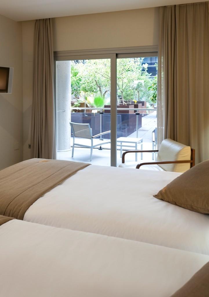 Hotel thalasia costa de murcia san pedro del pinatar for Thalasia precio piscina
