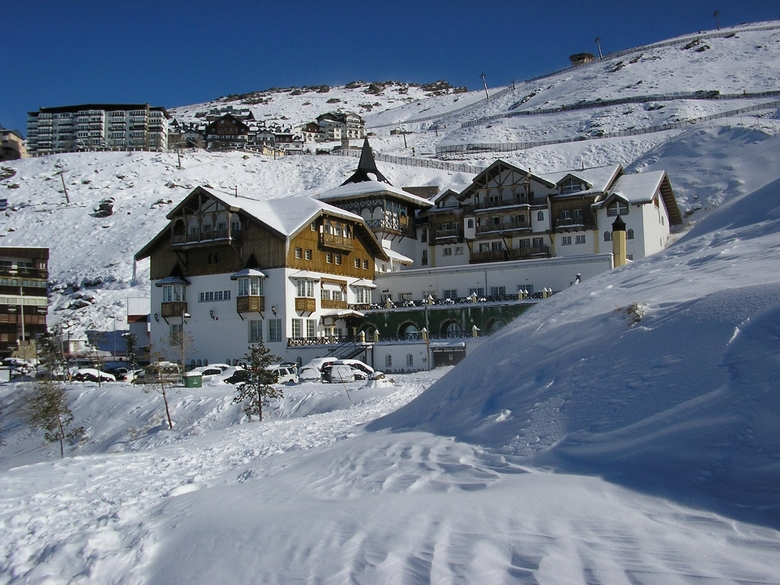 Gran hotel monachil sierra nevada granada - Hotel de lujo en granada ...