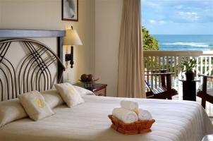 Hotel Lifestyle Tropical Beach Resort And Spa
