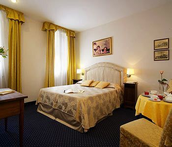 Hotel Palazzo Rosa Guest House