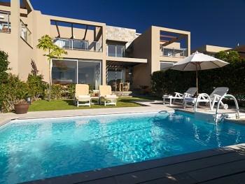 Villa villas salobre maspalomas gran canaria for Villas salobre golf