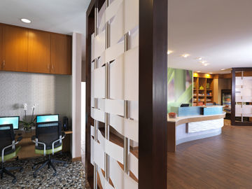 Hotel Springhill Suites By Marriott At Anaheim Resort Area/convention Center