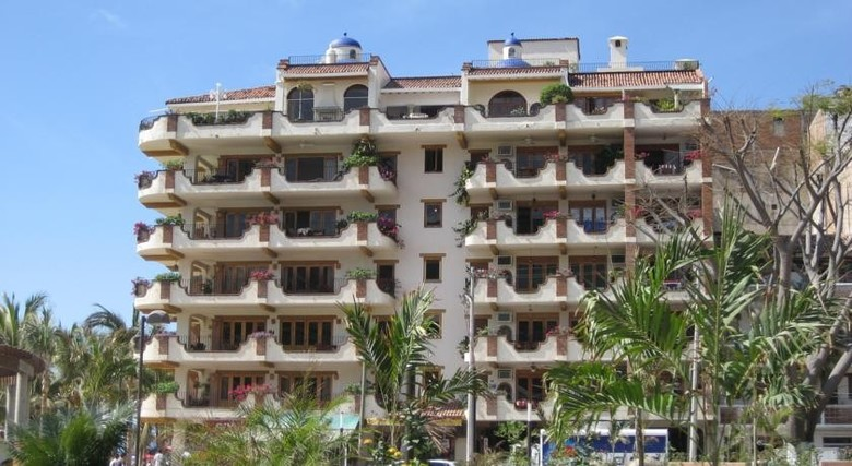 Apartamento Plaza Mar On Los Muertos Beach In Old Town Puerto Vallarta