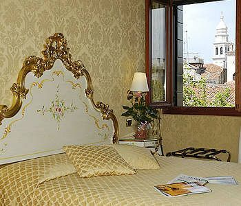 Bed & Breakfast Residenza A Tribute To Music