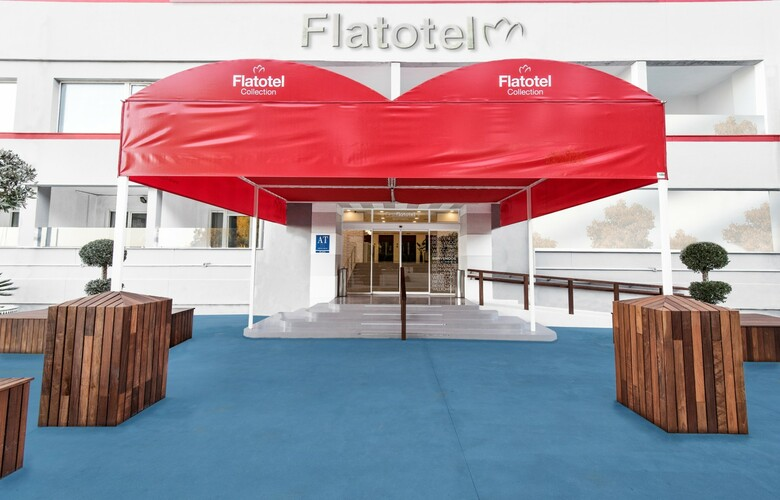 Apartamentos First Flatotel International
