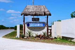 Hotel Technotel Beach