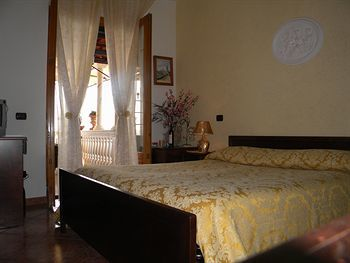 Bed & Breakfast Holiday House Le Palme