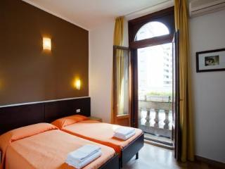 Hotel Bed & Bed In Milano