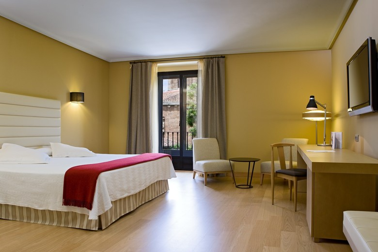 Hotel NH Collection C�ceres Palacio De Oquendo