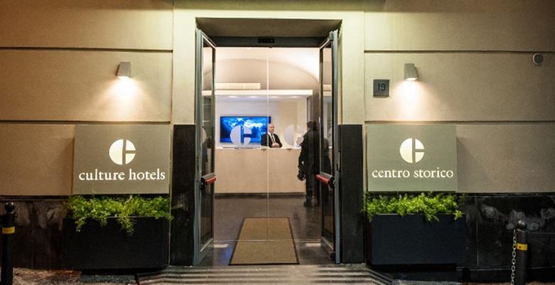 Hotel culture centro storico npoles for Hotel siracusa centro storico
