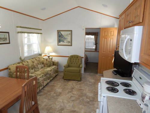 Lodge Road Runner Travel Resort