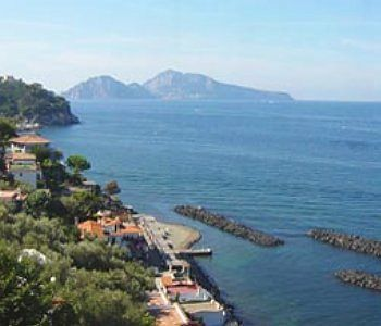 Villa Sorrento Holidays (v437)