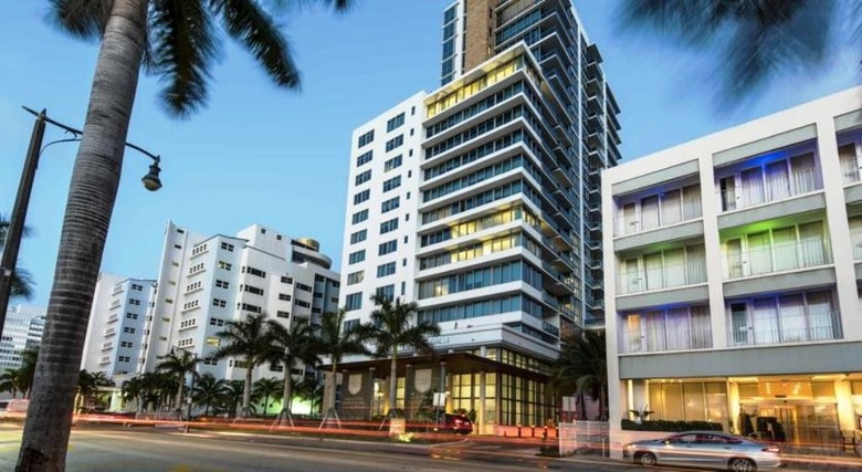 Apartamento Dharma Home Suites Miami At Monte Carlo