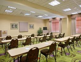 Hotel Wingate By Wyndham Charlotte Airport
