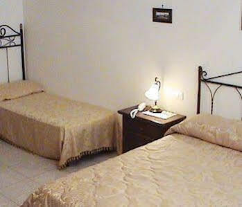 Bed & Breakfast Dimora Napoletana