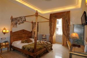 Hostal Residenza Luxury In Rome