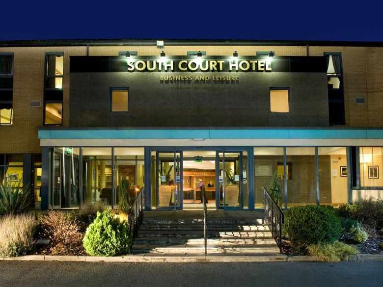 Hotel South Court