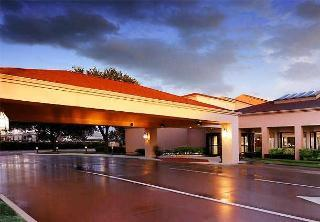 Hotel Courtyard By Marriott Dallas/lbj At Josey