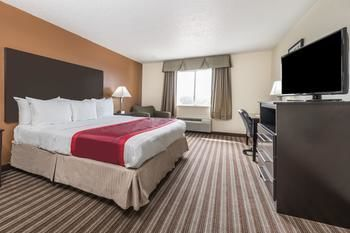 Hotel Days Inn And Suites Dallas